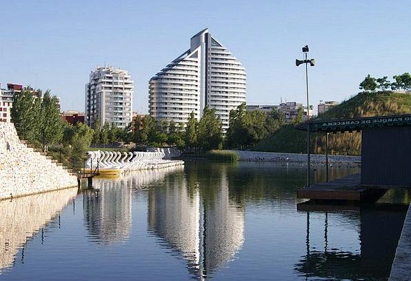 Valencia Buildings Common Architecture Lake Freshw