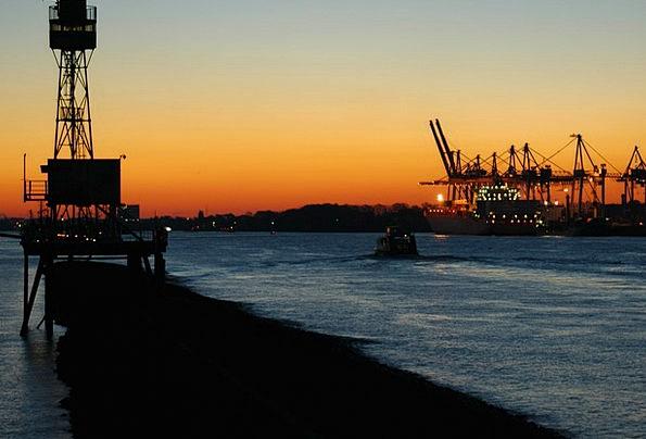 Container Ship Harbor Ship Vessel Port Elbe Hambur