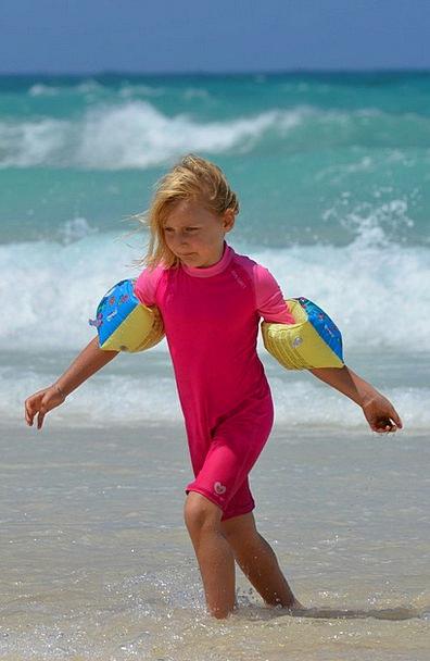 Girl Lassie Seashore Sea Marine Beach Rubber Rings