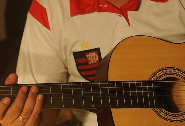 Guitar Alliance Association Flemish Football Ball
