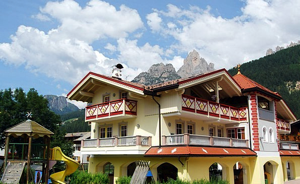 House Household Buildings Architecture Mountain Cr