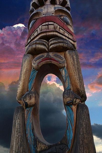 Totem Pole Grime Wooden Pole Grunge Indian Native