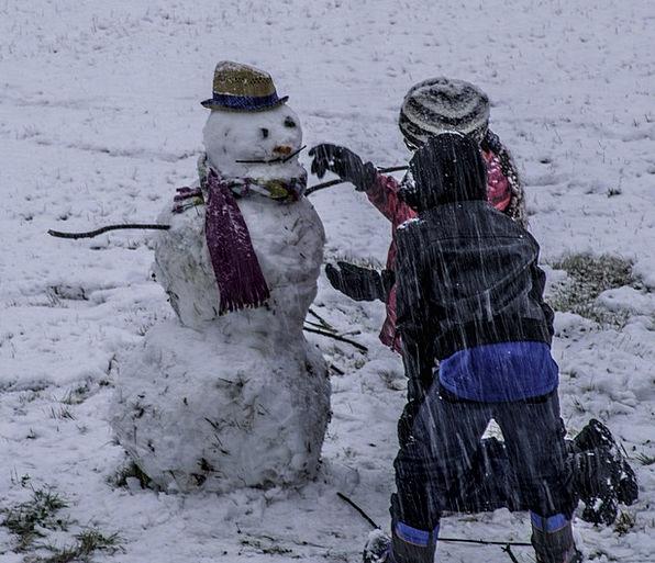 Snowman Buildings Sleeting Architecture Kids Child