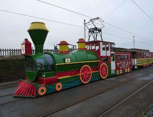 Train Pullman Floodlit Tram Illuminated The Wester