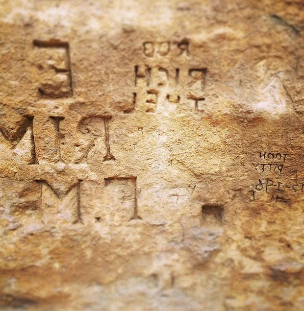 Rock Pillar Carving Stone Pebble Engraving Engrave