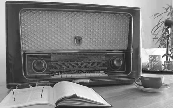 Radio Wireless Homesickness Old Ancient Nostalgia