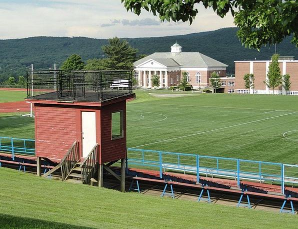 Massachusetts University Athletic Field School Tre