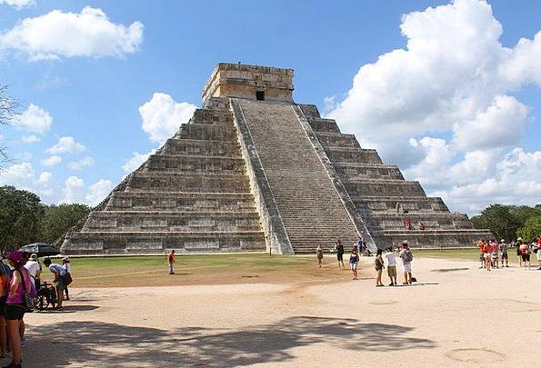 Mexico Pyramid Chichen Itza Kukulcan