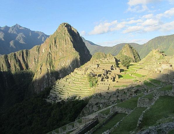 Machu Picchu Monuments Places Village Community Pe