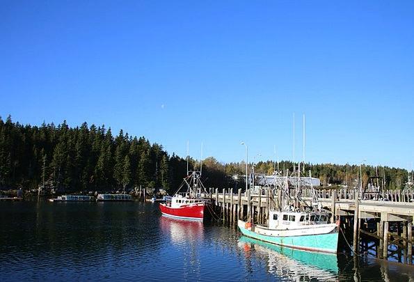 Boat Ship Breakwater Canada Jetty Pier Dock Fishin