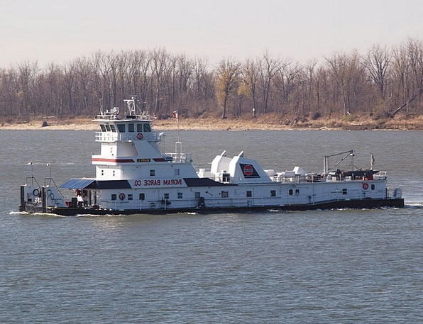 Tugboat Traffic Stream Transportation Towing Pulli