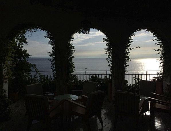 Amalfi Vacation Arcs Travel Restaurant Eatery Arch
