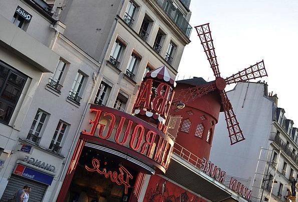 Moulin Rouge Cabaret Show Paris