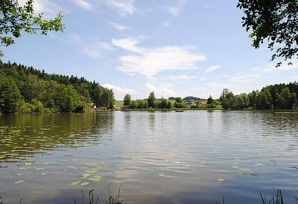 Schnaitsee Badesee Upper Bavaria Summer Straw-hat