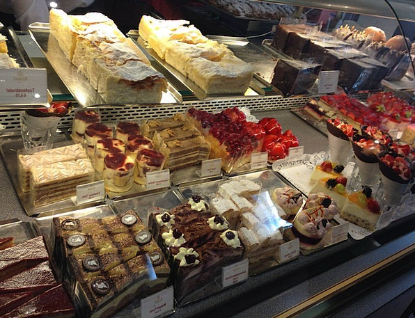 Pastry Shop Bars Cake Bar Cakes Candy Bonbon Vienn