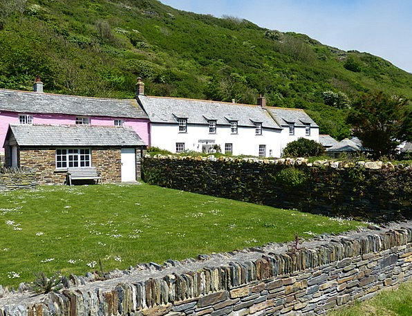 Cornwall Village Community Boscastle Wall England