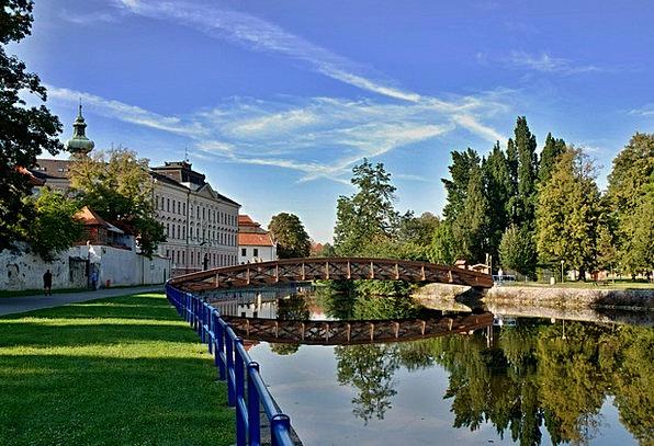 Czech Budejovice Billabong South Bohemia Bridge To