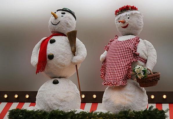 Snowmen Kids Christmas Nuremberg Figures Statistic