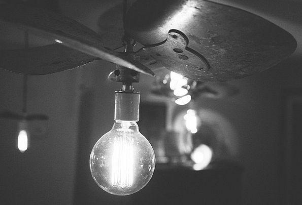 Light Bulb Cheerful Bulb Corm Bright Electric Elec