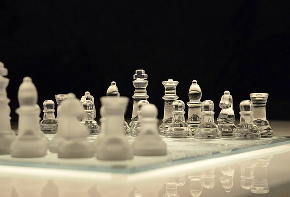 Chess Willing Chessboard Game Winner Glass Cut-gla