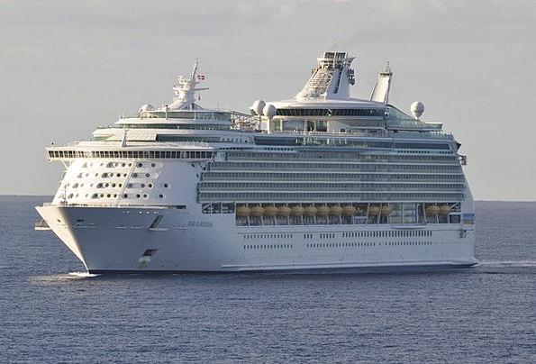 Cruise Ship Vacation Travel Holidays Cruise Medite