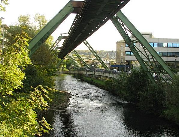 Schwebebahn Wupper Wuppertal