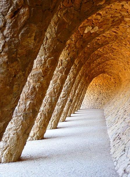 Park Güell Portico De La Lavandera Gaudí Barcelona