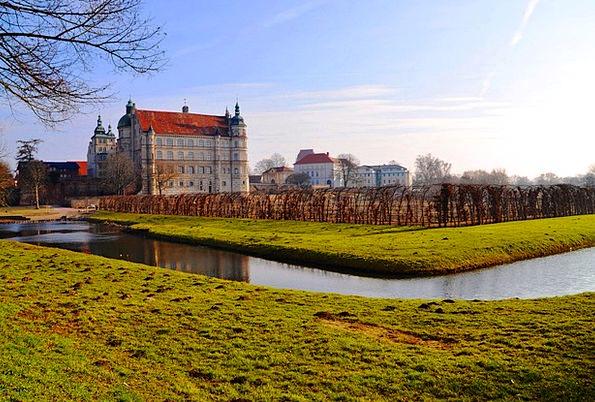 Castle Fortress Mecklenburg Güstrow Water Aquatic