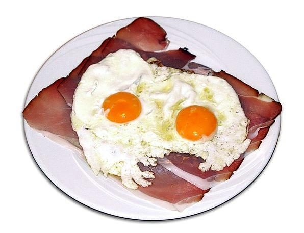 Fried Eggs Drink Ovum Food Yolk Egg Protein Bacon