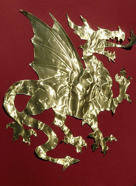 Dragon Attractive Golden Excellent Cute Paper News