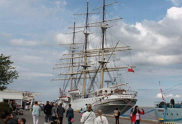 Ship Vessel The Coast Gdynia Sea Marine