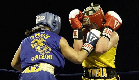 Boxers Combatants Feminine Punch Blow Female Glove