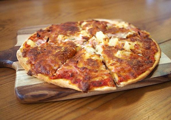 Pizza Drink Eat Food Meal Mealtime Lunch Food Nour