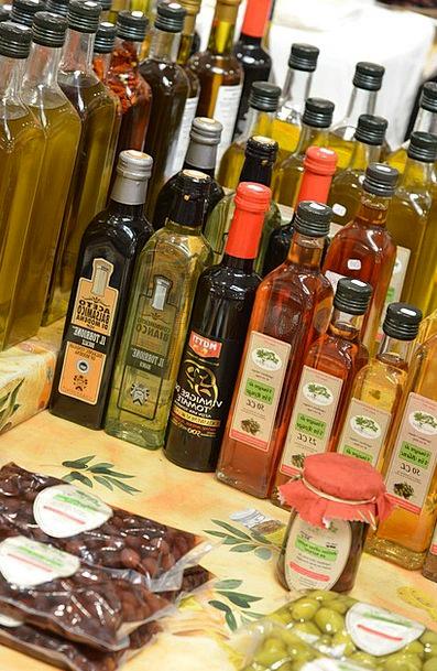 Oil Lubricant Bottles Flasks Olive Oil Market Mark