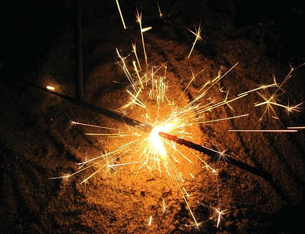 Sparkler Rocket Wireless Light Bright Radio New Ye