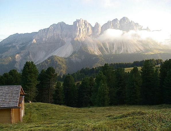 Treasure Hut Rose Garden South Tyrol View Opinion