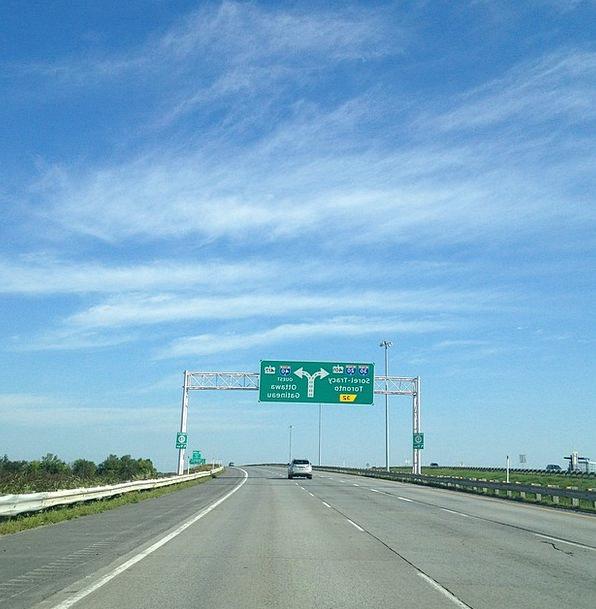 Highway Thoroughfare Traffic Transportation Road S