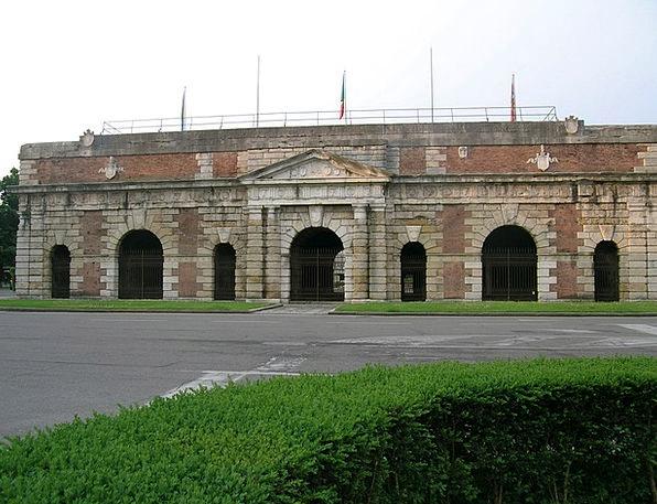 Verona City Entrance Porta Nuova