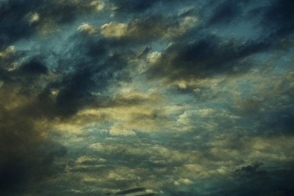 Sky Blue Vapors Drama Play Clouds Forward Onward