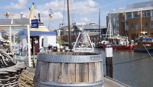 Wooden Barrels Harbor Büsum Port Barrel Tub