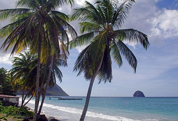 Beach Seashore Vacation Pillar Travel Diamond Rhom
