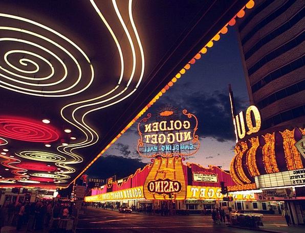 Las Vegas Gambling Betting Game Casino Evening Twi