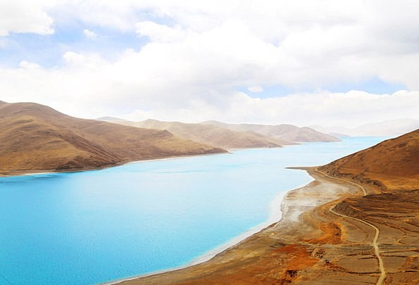 Yamdrok Lake Landscapes Nature Mountain Crag Tibet
