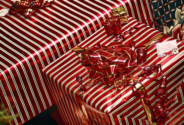 Gifts Handouts Birthdate Christmas Birthday Packag