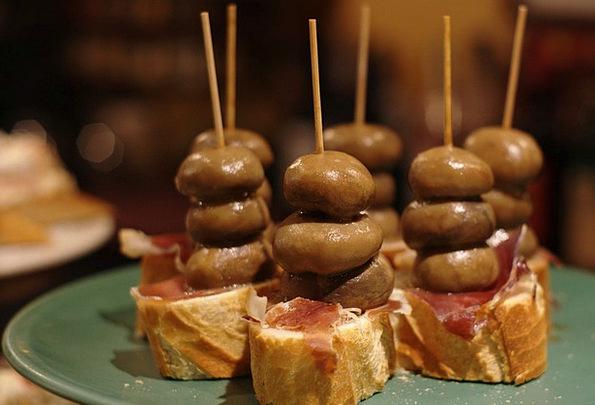 Tapas Spits Mushroom Burgeon Skewers Ham Beef Gast