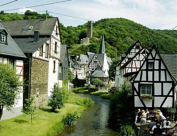 Monreal Buildings Architecture Middle Ages Eifel C