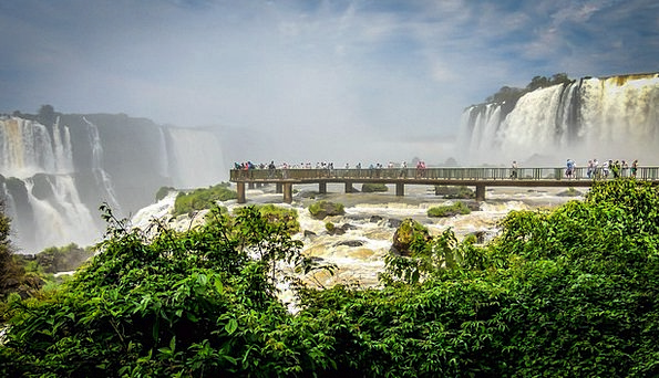Mouth Of The Iguassu Waterfalls Paraná Cataracts W