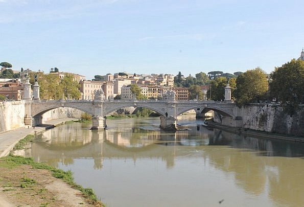 Rome Bond River Stream Bridge Tiber