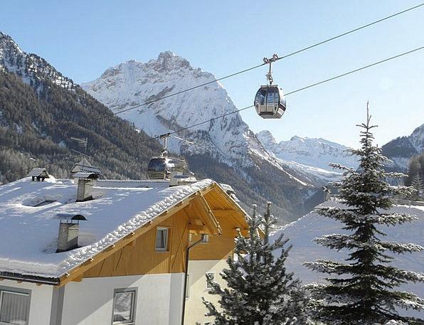 Val Di Fassa Snow Snowflake Gondola