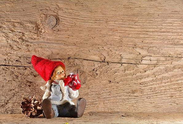 Imp Rascal Males Men Fig Gnome Elf Dwarf Wood Deco